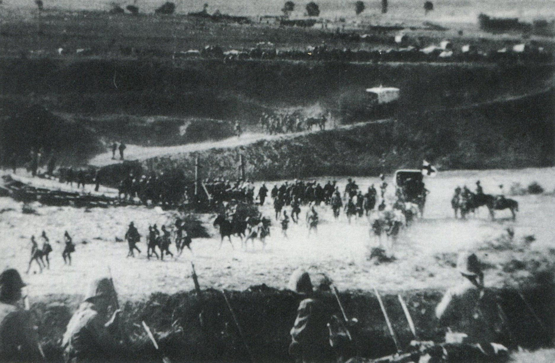 british-troops-retreating-across-the-tugela-river-after-the-battle-of-spion-kop